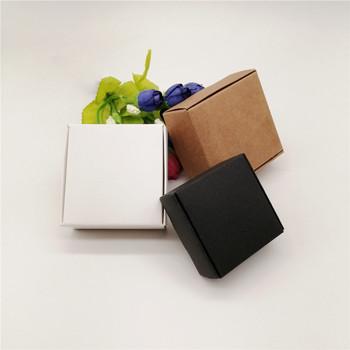 50 sztuk nowy DIY papier pakowy czarny biały pudełko na ślub sprzyja cukierki na przyjęcie urodzinowe ciasteczka świąteczne pomysły na prezenty pudełka tanie i dobre opinie 50pcs Tektura NONE 4*4*2 5 5*5 5*2 5 6 5*6 5*3 7*7*3 7 5*7 5*3 8 5*6*3 Walentynki Na Dzień Dziecka Wielkie wydarzenie Przeprowadzka