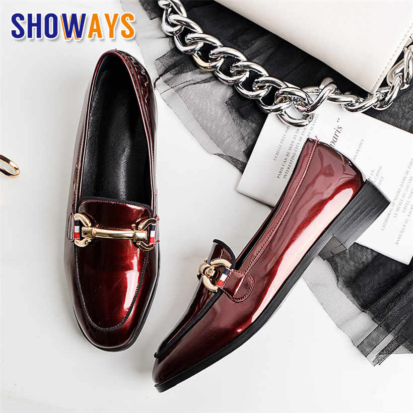 2020 Britse Vrouwen Loafers Lakleer Vierkante Teen Retro Flats Slip-on Metalen Ketting Mocassins Casual Dress Office Dames schoenen