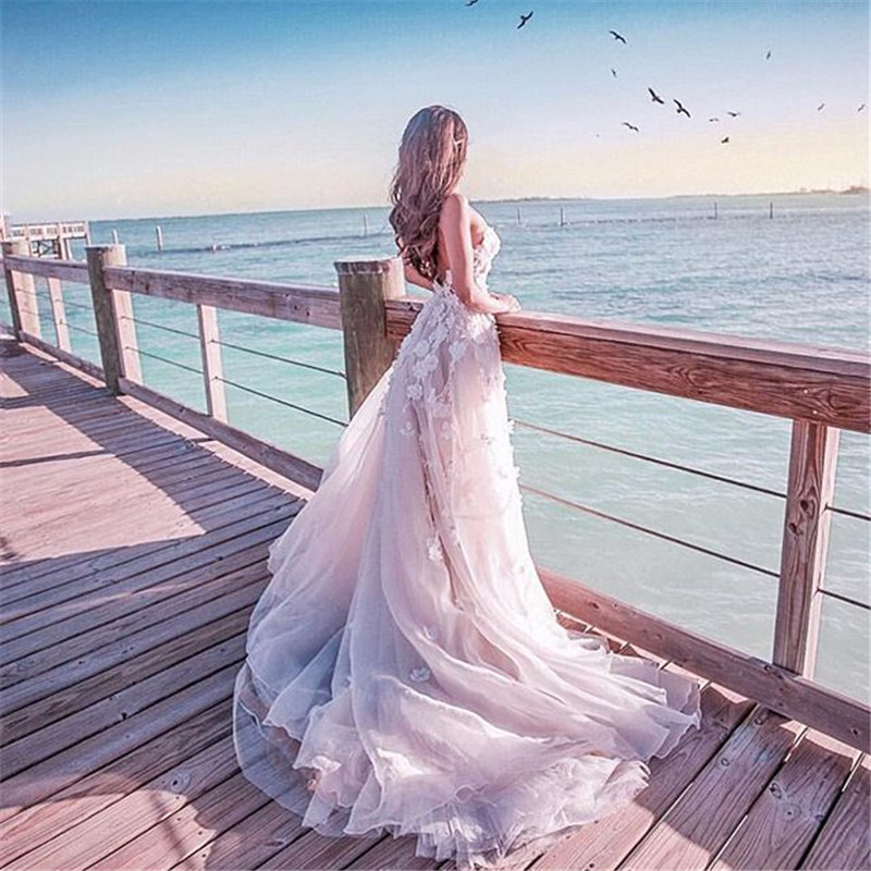 Купить с кэшбэком Boho Wedding Dress 2020 A-Line Sweetheart Summer Beach Wedding Gown Long Floral Beaded Bridal Gown Vestido de Noiva RW16