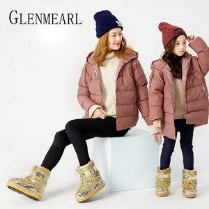 Image 2 - Зимние ботинки, Зимние ботильоны, женская обувь, меховые теплые ботинки, женская повседневная обувь, нескользящая обувь на платформе, золотые блестящие ботинки