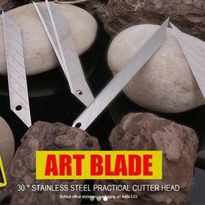 Image 2 - CNGZSY – lames en acier inoxydable, 9mm, 30 degrés, pour couteau utilitaire, papeterie scolaire et de bureau, emballage, coupe artistique E03, 50 pièces