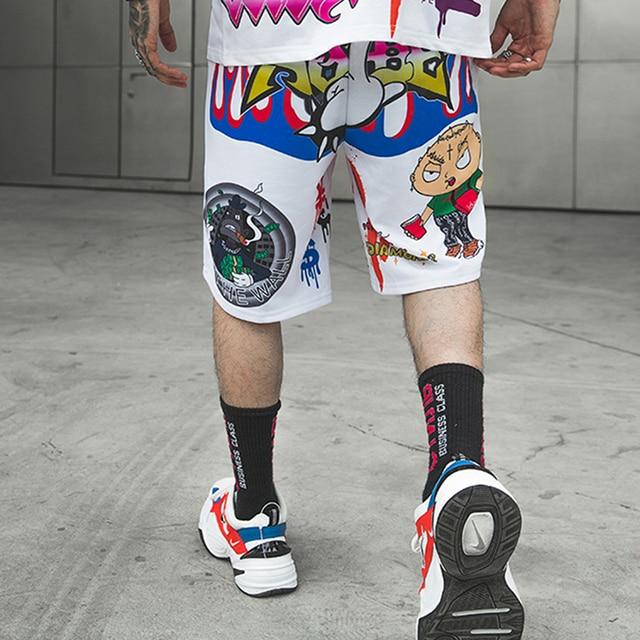 Hip Hop Graffiti impression Shorts hommes bande dessinée Bermuda plage genou longueur Shorts Hip Hop taille élastique haute rue été pantalons de survêtement