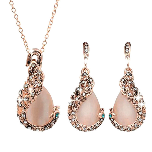 Elegant Waterdrop Rhinestone Pendant Necklace Hook Earrings Jewelry Set