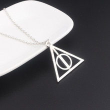 MIDY Deathly Висячие ожерелья с подвеской треугольное вращающееся промежуточное ожерелье из камня для женщин ювелирные изделия из фильма