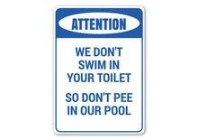 Nie siusiu w basenie nie siusiu w basenie ostrzeżenia basen znak uwaga basen wystrój ostrzegają wystrój pokoju uwaga metalowy znak