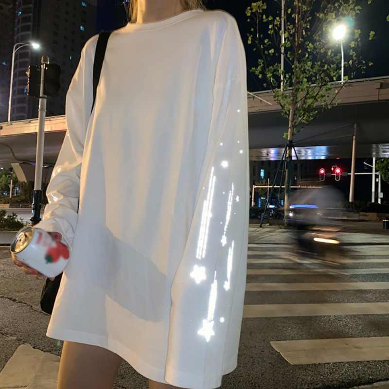 パーカー女性のファッション反射ラウンド襟長袖プリント女性のスウェットシャツのカジュアルルース bf 怠惰な風白黒 M-XL