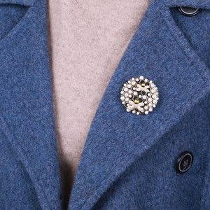 Image 5 - MAIKALE, роскошная жемчужная брошь, булавки, циркониевые броши, круглые подвесные Броши для женщин, одежда, костюмы, аксессуары, подарки, отправка другу