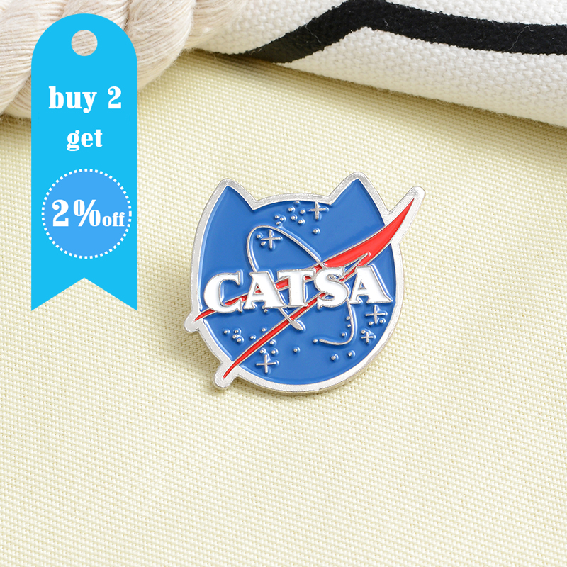 Cat Blue Planet Enamel Pin Cat Face Space Creative Universe Animal Brooches Cartoon Badge Wholesale Lapel Pin Gift For Friends 2