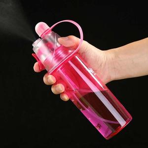 600ML Sports Water Bottle Plastic Spray Bottle Large Capacity Bottle Fresh Water Cup Travel Color Yoga Camping Drinking Dropship