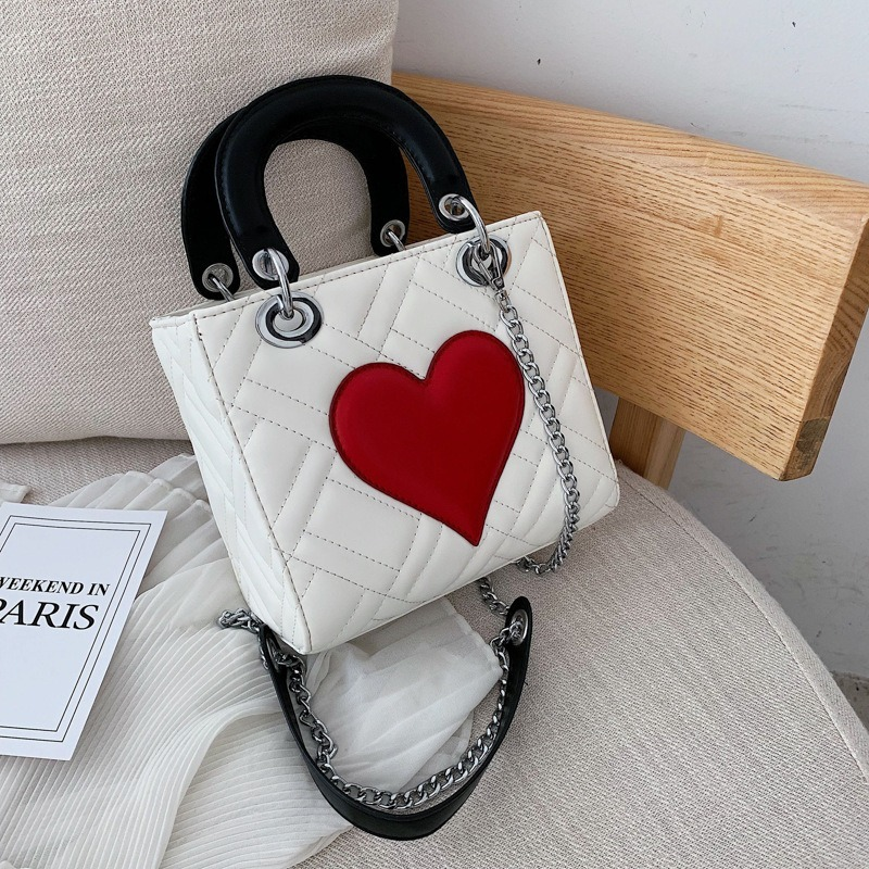 Women Square Tote Bag Heart Crossbody Bag 2019 New Fashion Love Handbags Classic Designer Embroidery Line Shoulder Messenger Bag