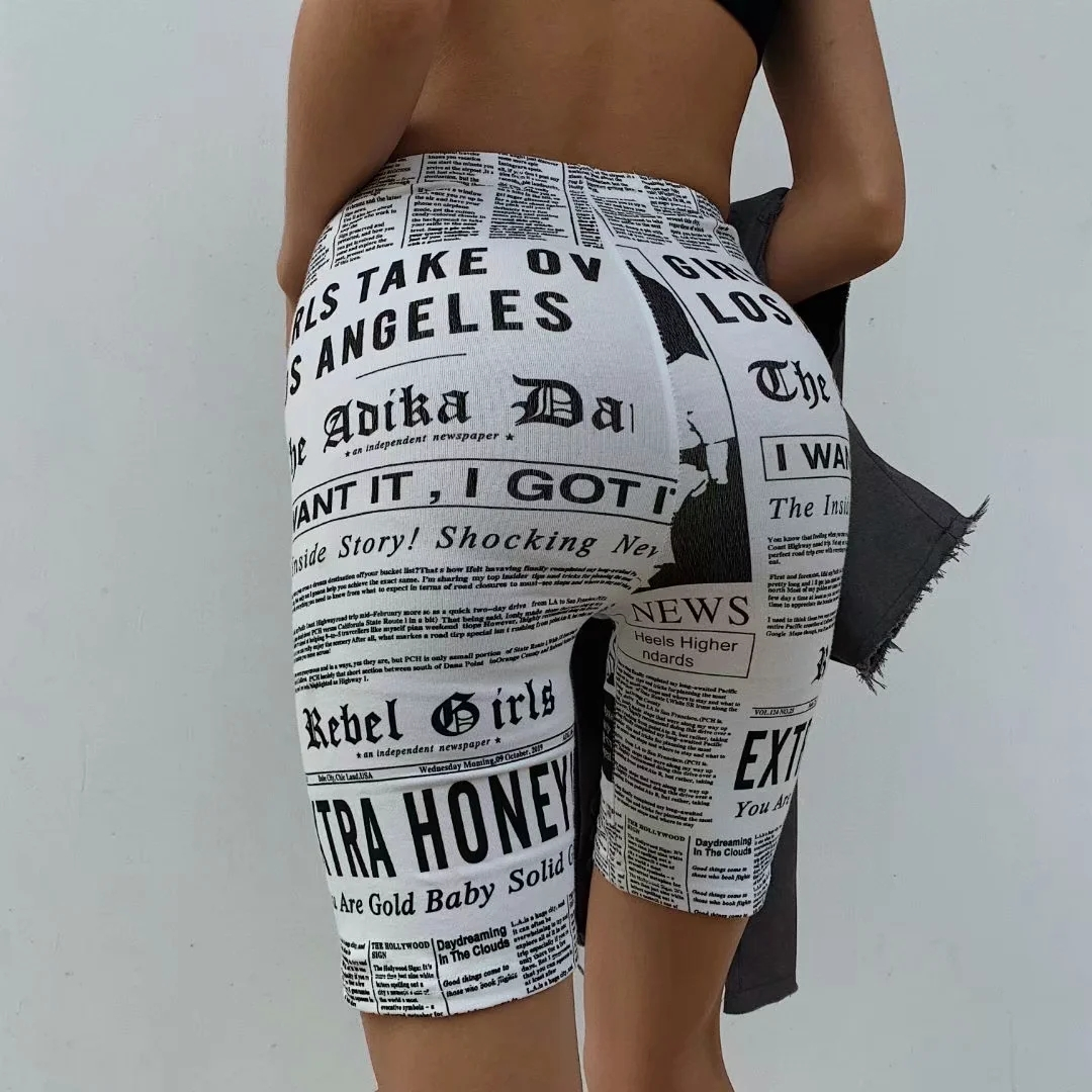 MosiMolly 2020 trendy newspaper print capris pants women Knee Length short pants cool streetwear bottom pants capris women
