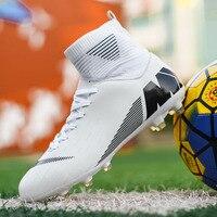 Os Meninos Dos Homens de Futebol ao ar livre Sapatos Botas de Tornozelo Alta Crianças Chuteiras Relvado de Futebol Treinamento Esporte Tênis Unisex Longo Spikes Sapatos de Futsal