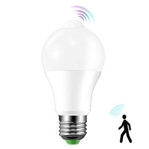 Bombillas de detección de movimiento E27/B22 12W/18W lámpara con Sensor de movimiento automático Blanco/blanco cálido para puerta Delantera porche garaje subterráneo