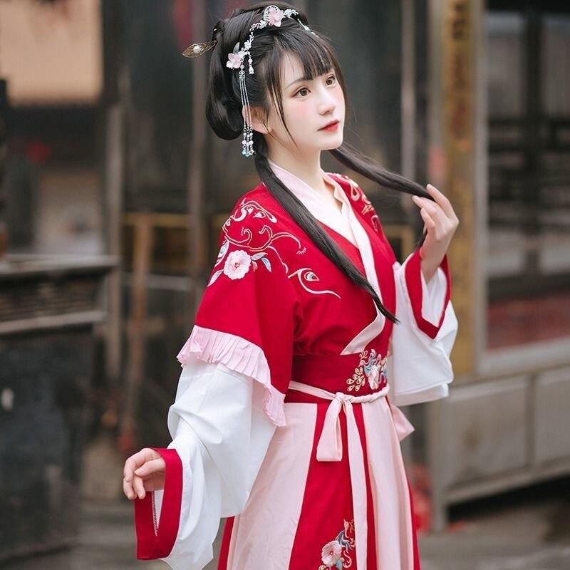 Kadın Hanfu elbise çin antik geleneksel prenses gelinlik İlkbahar sonbahar Retro çiçek nakış peri kostümleri takım elbise