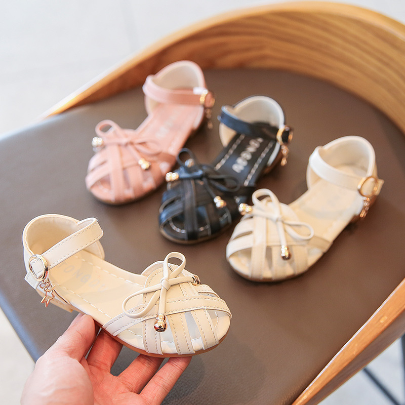 Girl Sandals 2020 Summer New Woven Toe  Cut Outs Girl Roman Sandals Bow Soft Bottom Princess Beach Shoes Baby Girl Shoes D03171