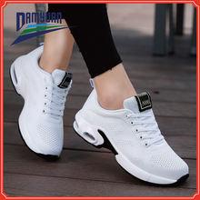 2020 Новые легкие женские кроссовки для бега уличная спортивная