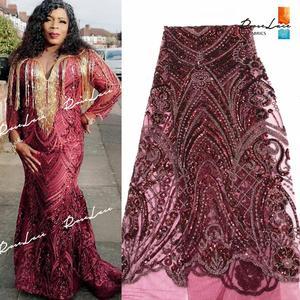 Image 1 - Bourgogne Kim Sa Lưới Vải Ren Màu Rượu Vang Châu Phi Nữ Giới Nigeria Váy áo May Chất Liệu Cổ Điển Thiết Kế Lưới Vải