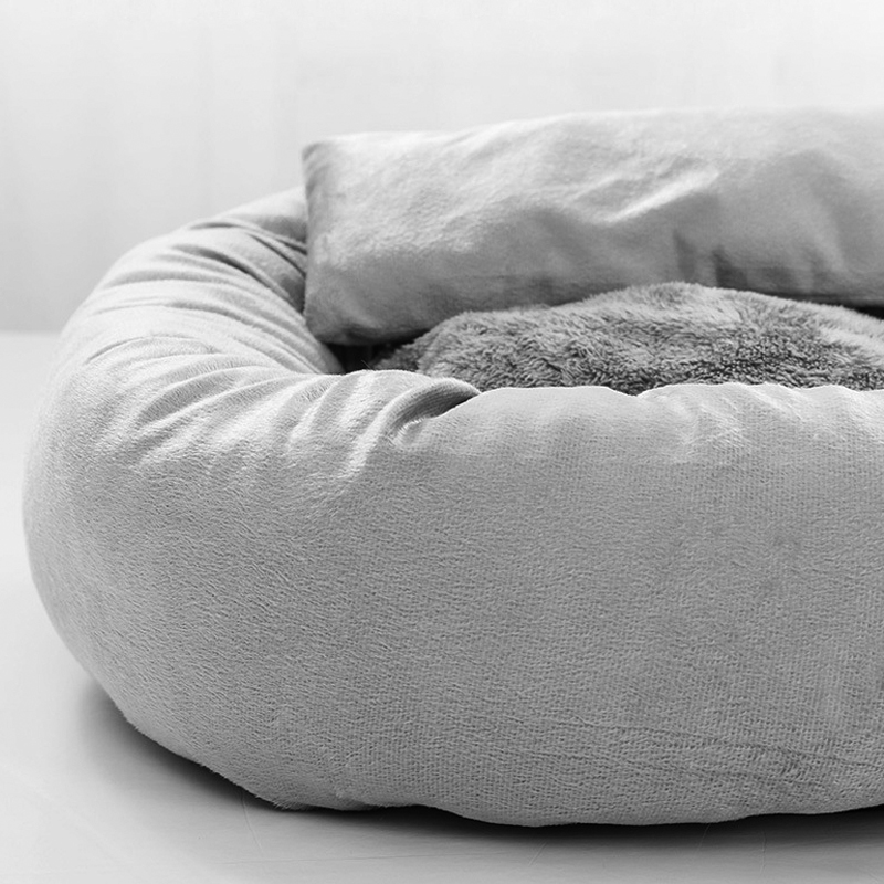 Petshy Plush Winter Warm Pet Cat Bed House Small Medium Dog Bed Kitten Sleeping Pad Cushion Cat Kennel Bed Nest Cats Products