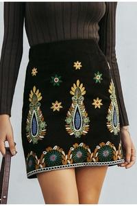 Image 2 - Simplee Vintage taille haute jupes femmes bas Boho crayon velours côtelé hiver jupe femme broderie automne sexy vert mini jupe