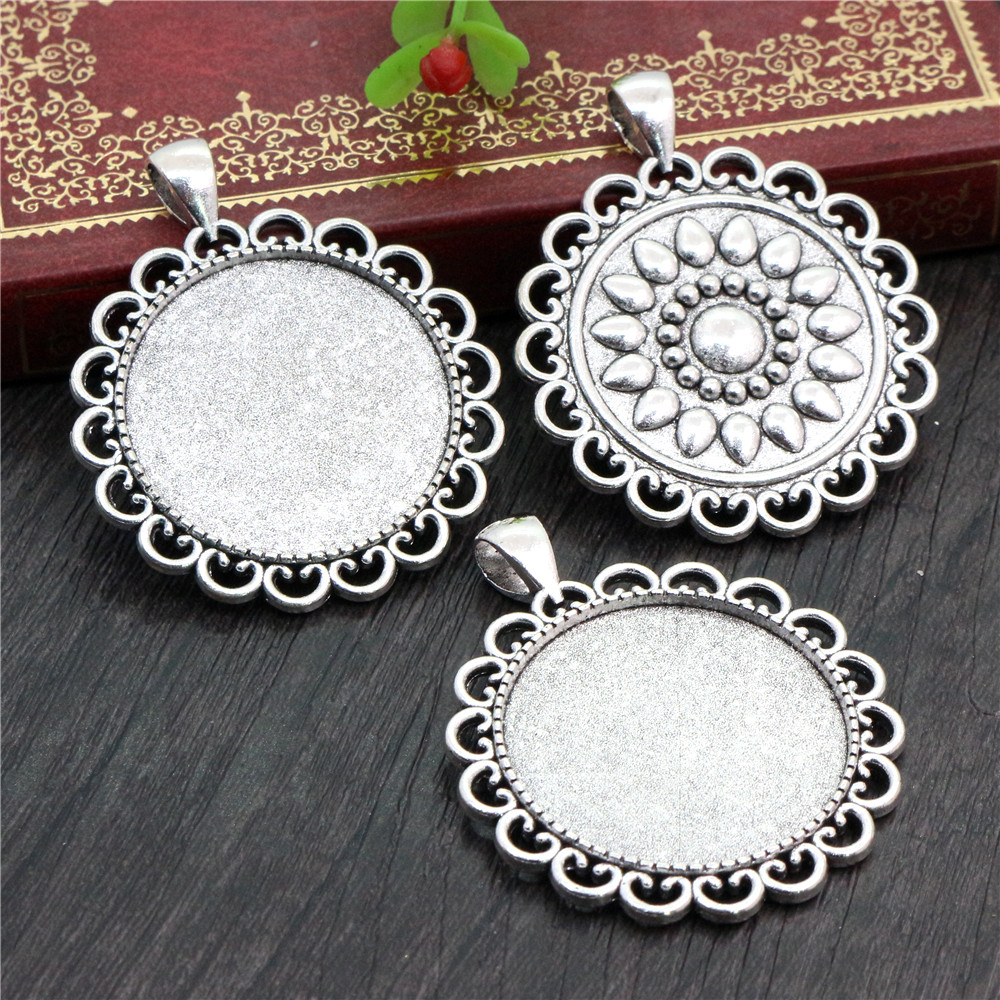 2pcs 30mm Inner Size Antique Silver Plated Classic Style Cabochon Base Setting Charms Pendant (B5-07)