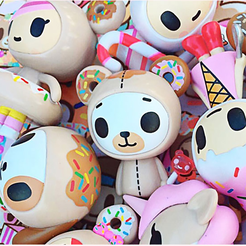 Original Tokidoki Toy Donut Family 1nd Generation Blind Box Action Figure Cute Animal Collections Doll Girl Gift