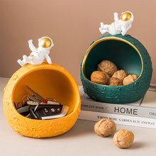 Nordic Decoration Storage Organizer Creative Resin Astronaut Storage Box Space Saver Organizer Office Desktop Clutter Storage