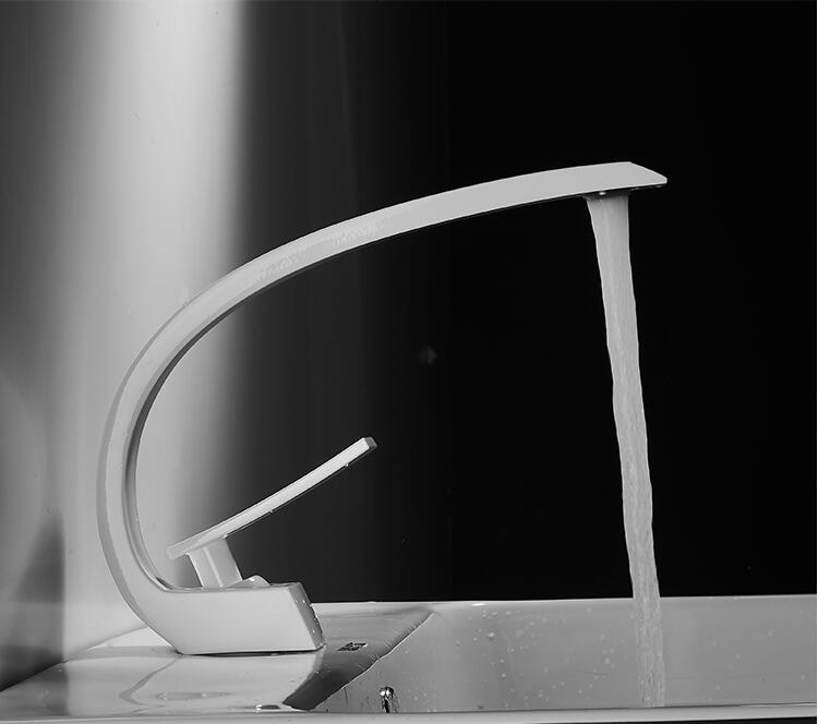 H905d778926ad4ce9b0fa9da3943a0cfbZ Tuqiu Basin Faucet Modern Bathroom Mixer Tap Black/Gold Wash basin Faucet Single Handle Hot and Cold Waterfall Faucet