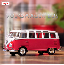 Maisto 1:24 Volkswagen Bus Samba Hot  Alloy car model die-casting model car simulation car decoration collection gift toy maisto 1 24 nissan gtr alloy car model die casting model car simulation car decoration collection gift toy