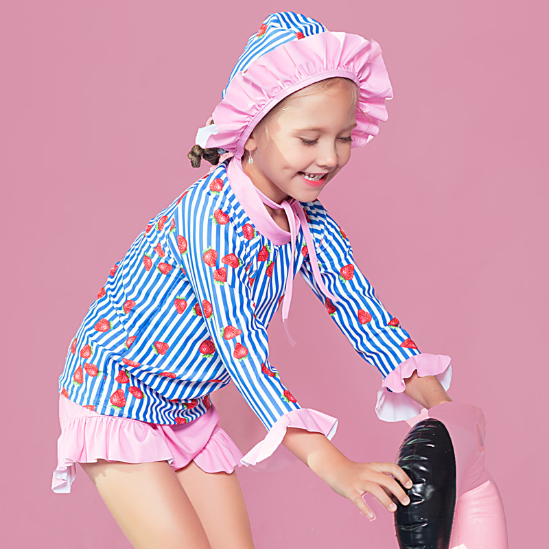 2018 Baby Girls Cute Strawberry Hot Springs Girls' Two-piece Swimsuit Long Sleeve Sun-resistant With Swim Cap CHILDREN'S Swimsui