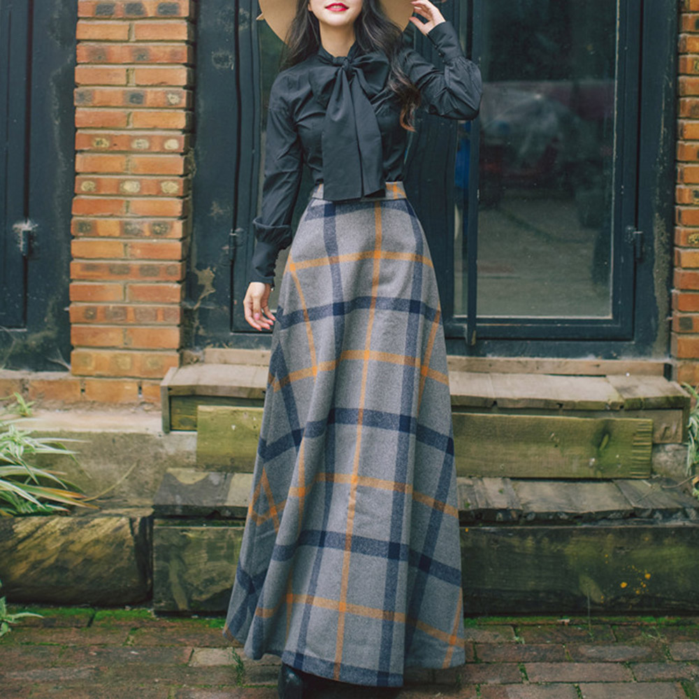 Two Piece Sets Autumn And Winter Women's Retro Temperament Dress Long-sleeved Shirt Wool Plaid Half-length Dress Two-piece
