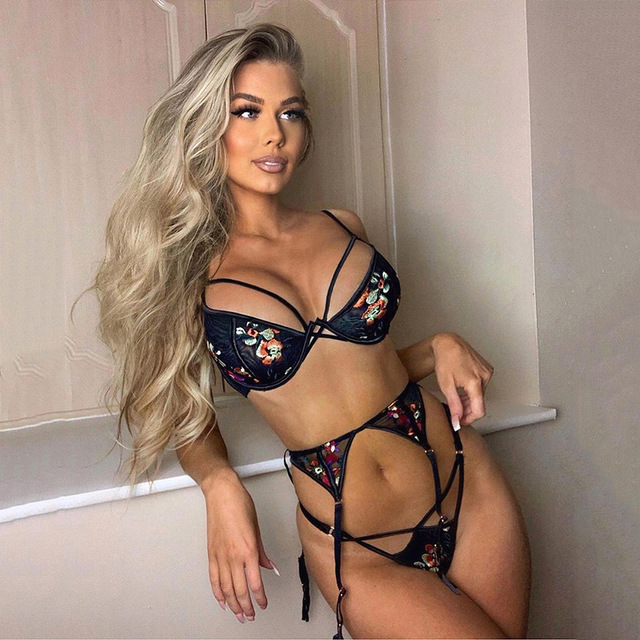 Sexy 3 piece Floral Embrodiery Lace Lingerie Set Transparent Bra+ Thong Sexy 2