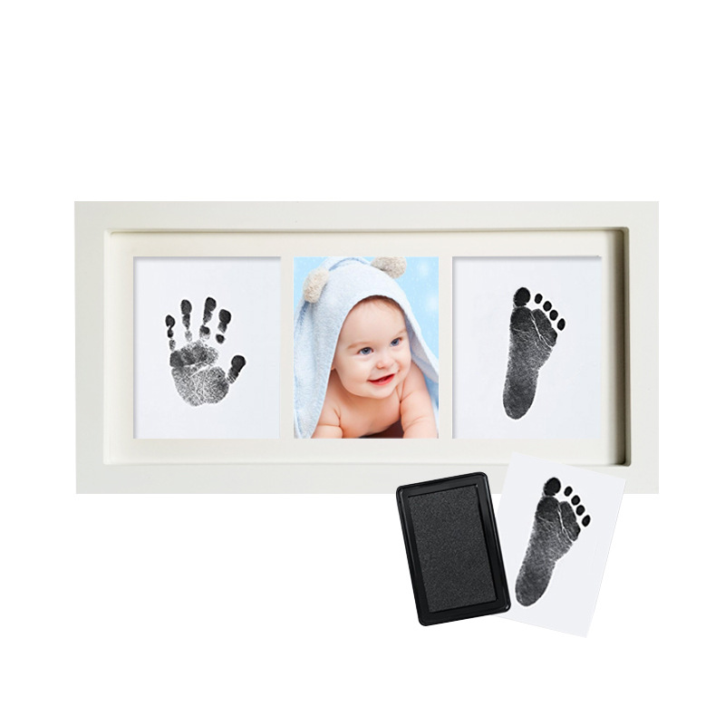 Baby's Mark Classic Imprint Frame Wooden Photo Frame with Hand Footprint Makers Imprint Kit Baby Ink Pad Newborn Baby Souvenir