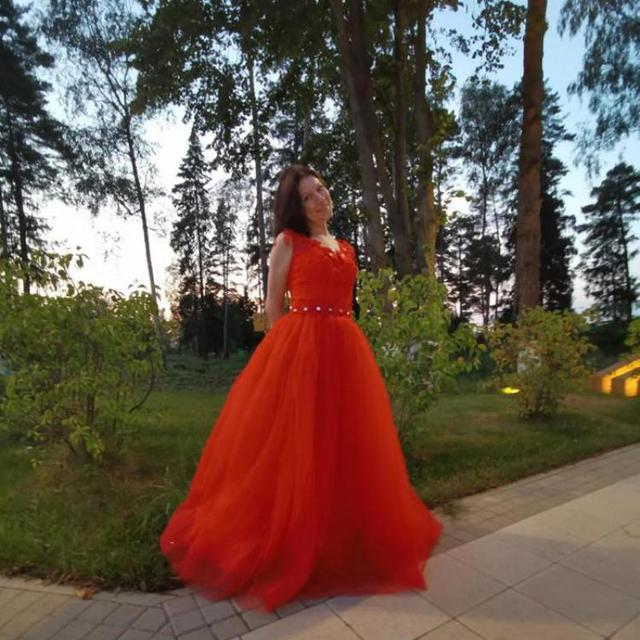 2021 Wedding Dress The Red V-neck Ball Gown Vintage Wedding Dresses Lace Embroidery Vestido De Noiva F 6