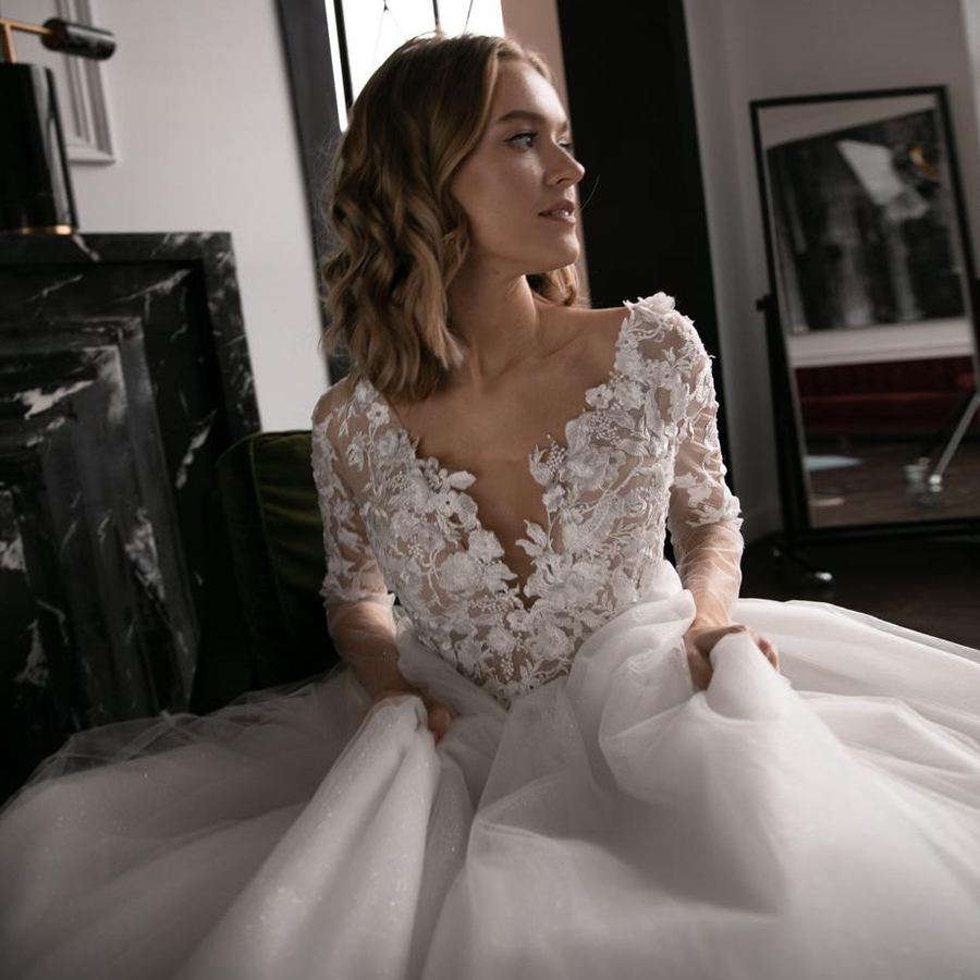 V-neck 3D Flowers Applique Bodice Long Sleeves Open Back Wedding Dress With Pearl Sash Ivory Bridal Dress With Beadings