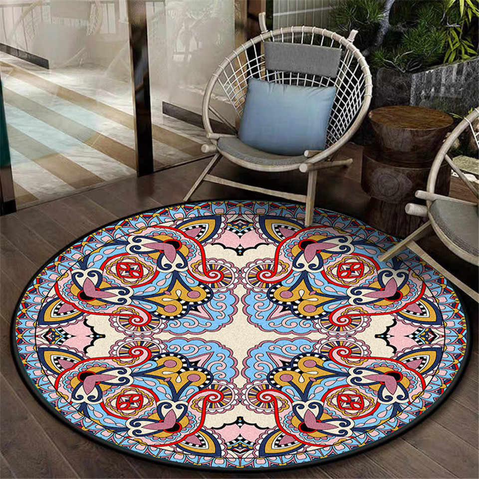 Retro Blue Pink Pattern Round Carpet