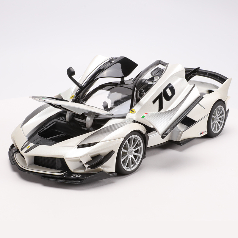 <font><b>1:18</b></font> Fxxk Evo Sports Car Alloy Diecast Model Static Simulation Metal Car Miniatures <font><b>Voiture</b></font> Red Mini Car Collection Toys image