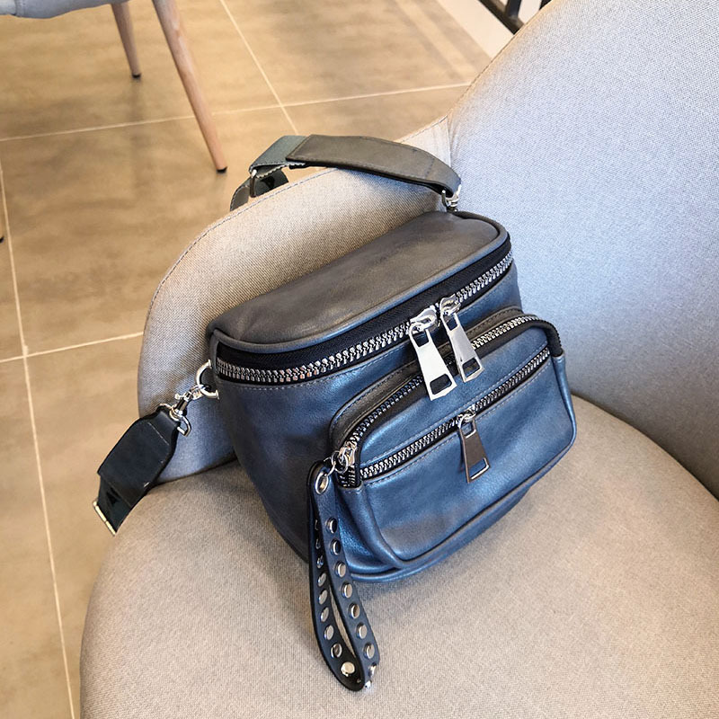 Et hiver 2019 nouveau coréen Ins Super feu incliné sac Rivet Port vent Chic fille unique sac à bandoulière caméra sac fille