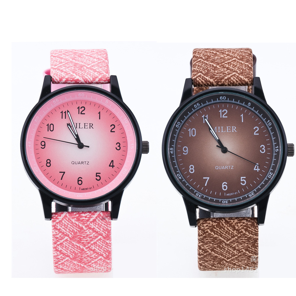 Explosion Models Fashion Features  Interior Print  Fashion Couple Watches, Men's And Women's Casual Sports Quartz Watches