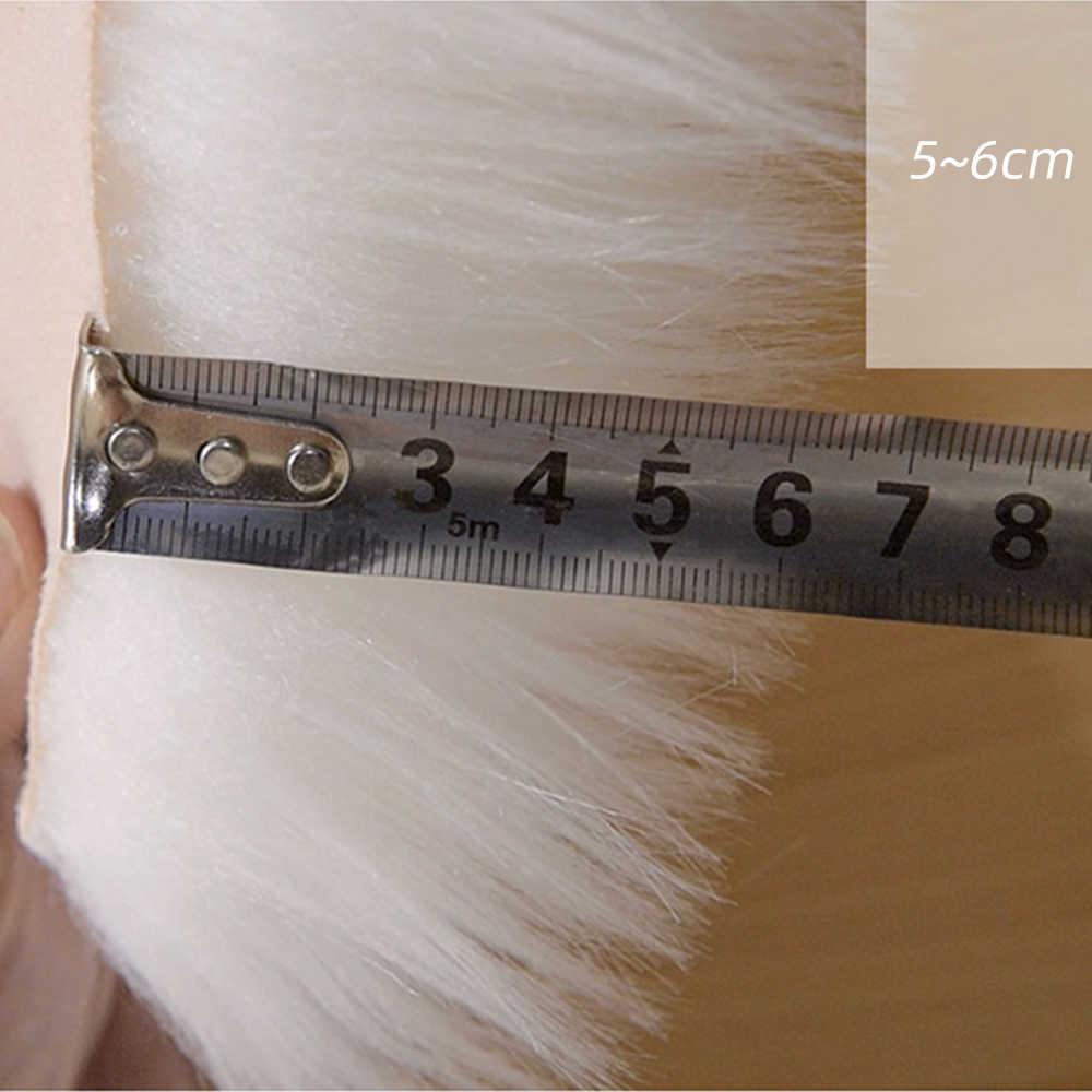 ホワイトロングヘアファッションの寝室のカーペットシャギー絹のような豪華なカーペットフェイクファー敷物ベッドサイド敷物長方形羊の毛皮エリアラグ