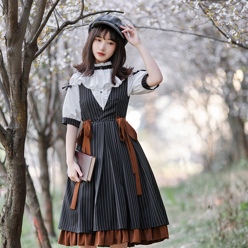 Купить винтажное платье лолиты в готическом стиле с v образным вырезом