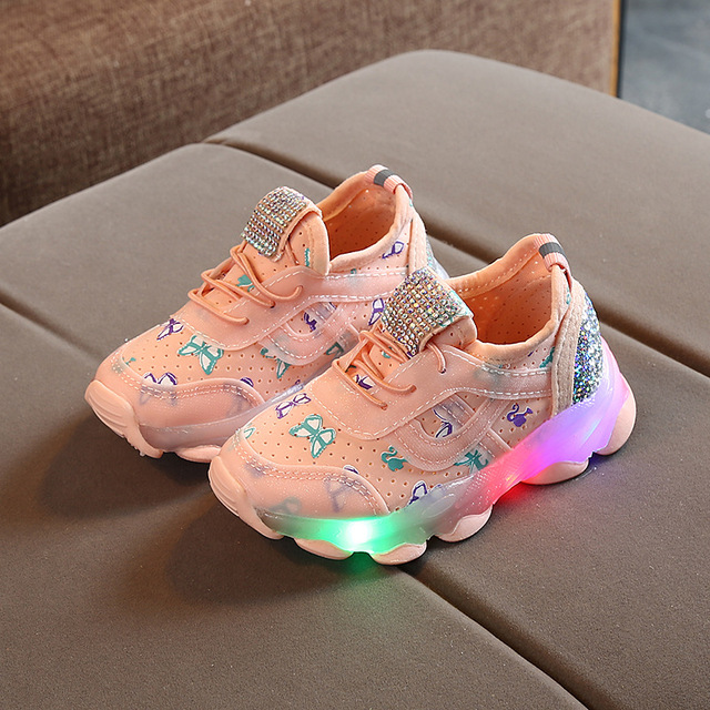 Baskets pour enfants | Chaussures de Sport respirantes, motif papillon cristal Led, chaussures de Sport pour petites filles, lumineuses et décontractées, 2019