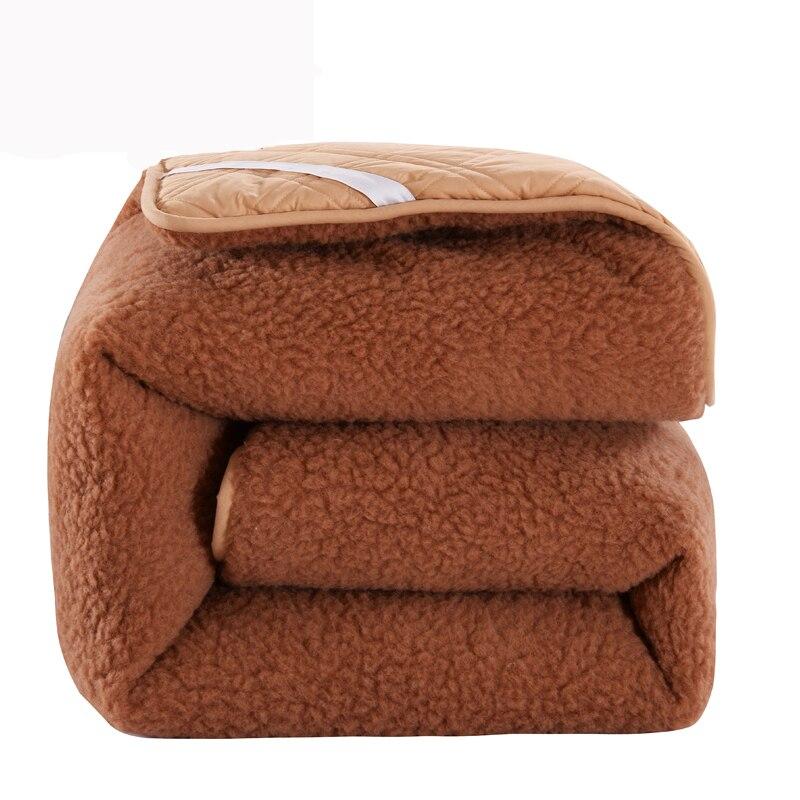 Durable Premium Hotel Quality Mattress Topper Camel Wool Queen Size