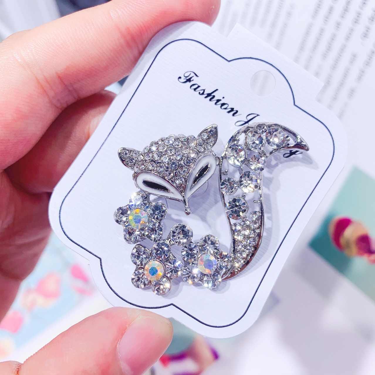 Koreaanse Versie Zirkoon Fox Animal Broche Pin Voor Vrouw Mode Trui Jas Hoed Sjaal Kleding Accessoires Luxe Banket Sieraden