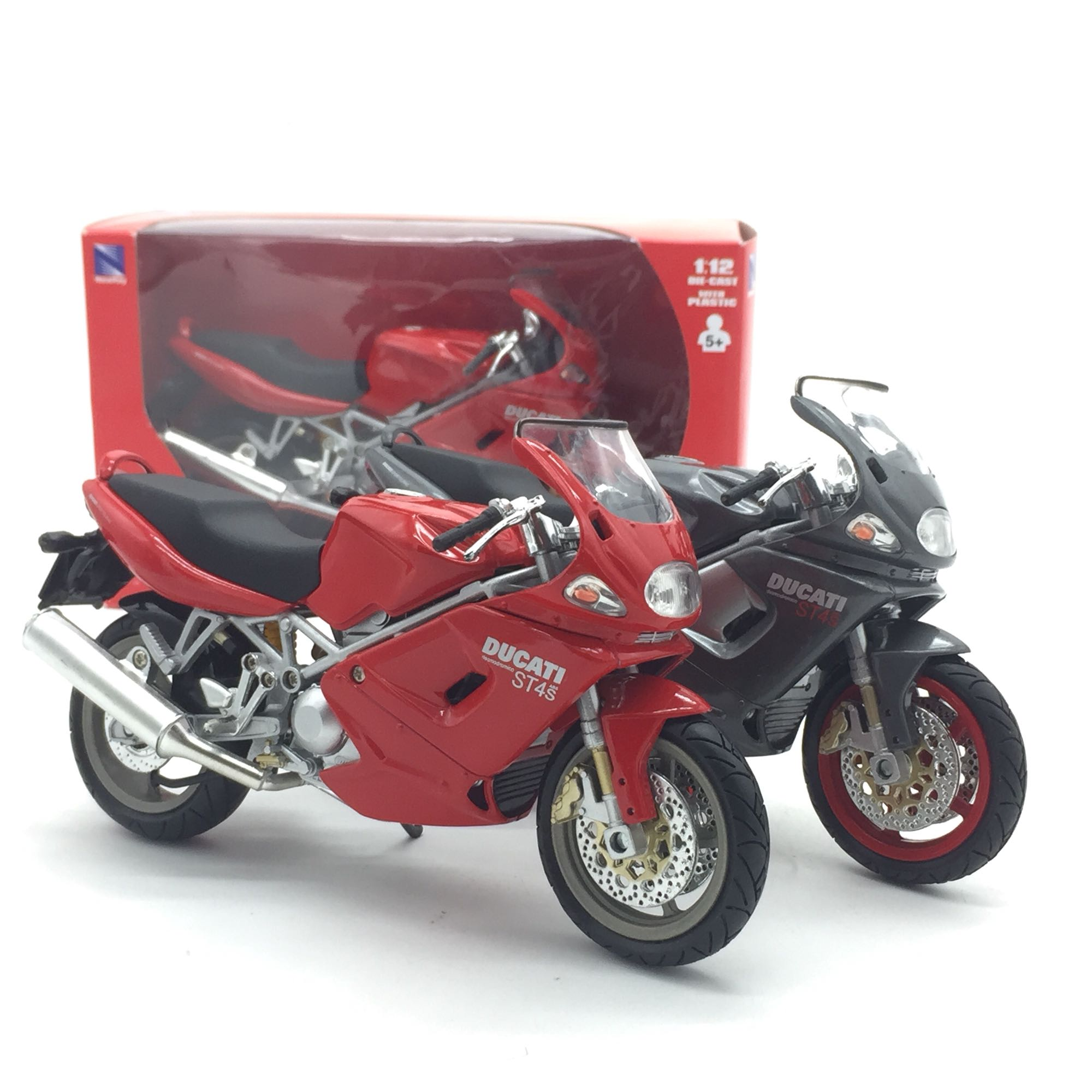 NEWRAY 1/12 Scale Classic Motorbike DUCATI ST4S Diecast Metal Motorcycle Model Toy For Gift,Kids,Collection