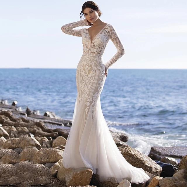 Beach Mermaid Wedding Dresses 2021 V-Neck Long Sleeve Lace Appliques Backless Tulle Bride Gown Sweep Train Vestidos De Noiva 1