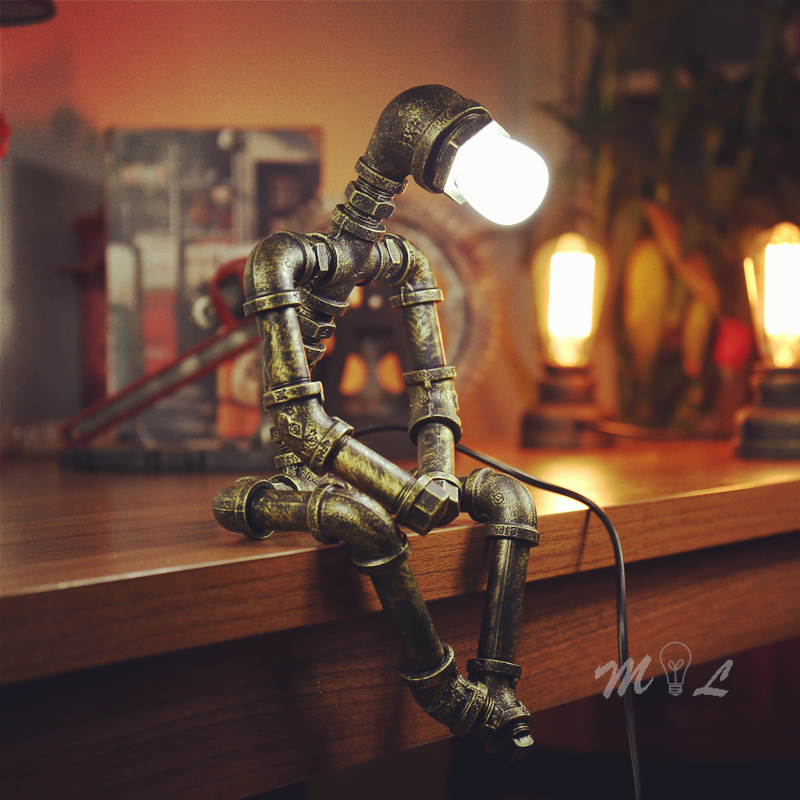 Vintage Iron Robot Table Lamp Living Room Art Deco E27 Retro Beside Lamp Study Bedroom Desk Lamp Creative Water Pipe Table Light