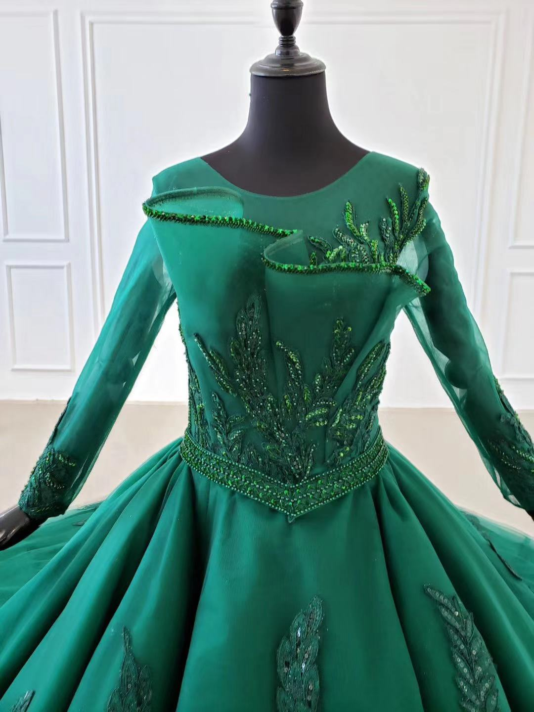 2020 New Green Satin Prom Dresses Prom Gown Scoop Ball Gown Sleeveless Evening Dress For Graduation Long Train Arabic Dresses - 5