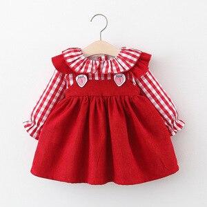 Vestidos de bebê infantil 2020 crianças outono novas crianças xadrez vestidos de princesa bebê meninas morango babados colarinho longo-mangas compridas vestido