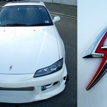 цена на Metal Lightning Logo Fender Tail Emblem Car Sticker Badge For Nissan Silvia S10 S110 S12 S13 S14 S15 180SX 200SX 240SX 300ZX