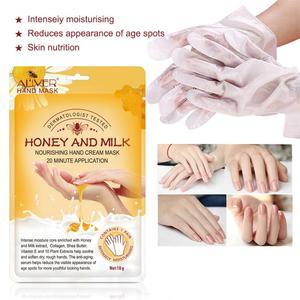 2Pcs Honey Milk Hand Mask Moisturizing Silk Skiing Improves Dry Exfoliating Remove Dead Skin Winter Hydrating Hand Care TSLM1